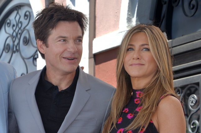 Jennifer Aniston Supports Jason Bateman at Walk of Fame Ceremony!