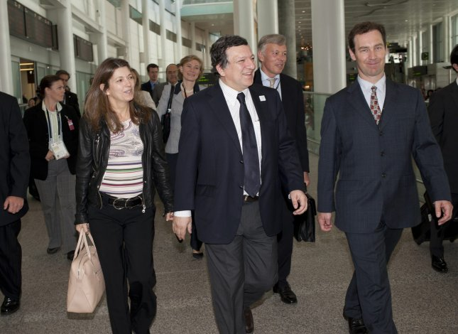 José Manuel Barroso, President European Commision, (C) arrives at Toronto International Airport to attend the G-8 and G-20 Summits in Huntsville and Toronto, Ontario on June 24, 2010. UPI/Salvadore Sacco