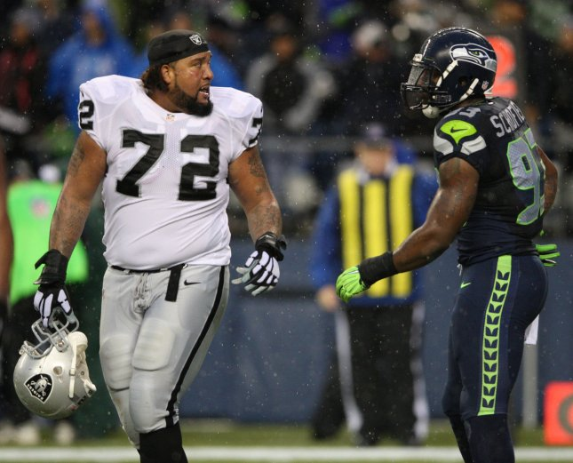 Oakland Raiders offensive tackle Donald Penn (72) is returning to action. Photo by Jim Bryant/UPI