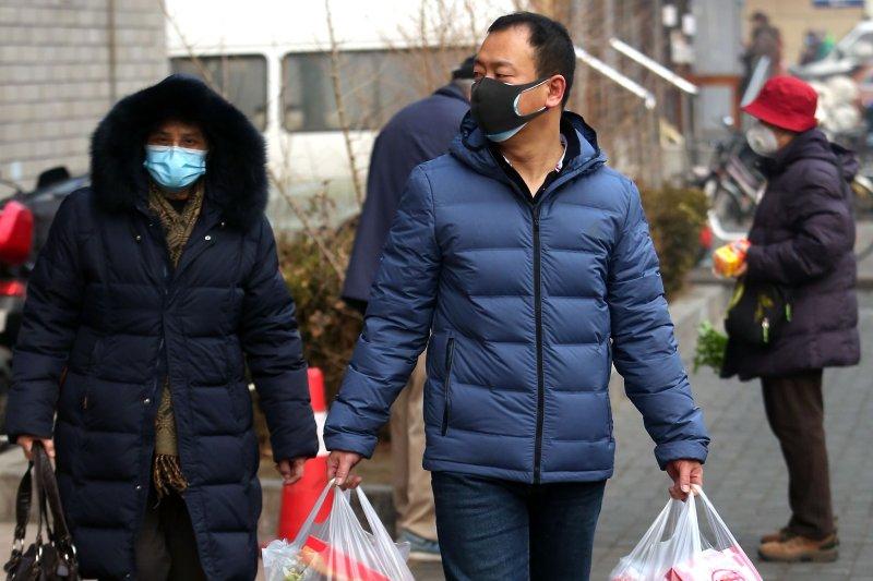 https://cdnph.upi.com/svc/sv/upi/3391581665978/2020/2/bf6cb9586fdfda4efd9d32e44876734d/China-lowers-coronavirus-death-toll-reports-1700-medics-infected.jpg