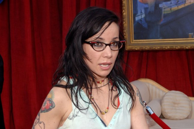 Foreign Bodies actress Janeane Garofalo, the voice of Colette in the Pixar animated motion picture Ratatouille, arrives for the premiere of the film in Los Angeles on June 22, 2007. File Photo by Jim Ruymen/UPI