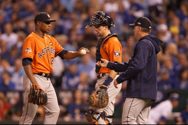 Houston Astros manager A.J. Hinch (14) pulls relief pitcher Tony Sipp (29) in the seventh inning against the Kansas City Royals during game 5 of the American League Division Series at Kauffman Stadium in Kansas City, Missouri on October 14, 2015. Photo by Jeff Moffett/UPI