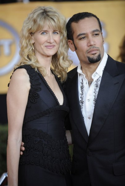 Laura Dern (L) and Ben Harper attend the Screen Actors Guild Awards held in Los Angeles on January 25, 2009. (UPI Photo/ Phil McCarten)