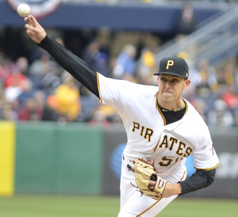 Reeling Pirates seek recovery vs. Cardinals