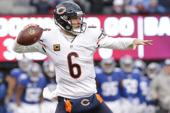 Former Chicago Bears QB Jay Cutler throws a pass in the second half against  the New York Giants in week 11 of the NFL at MetLife Stadium in East  Rutherford 94ff97903