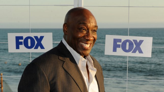 Grave of Michael Clarke Duncan vandalized by racists