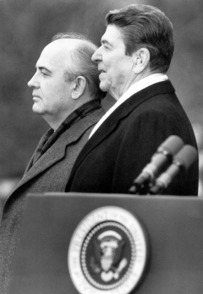 Then-President Ronald Reagan and former Soviet leader Mikhail Gorbachev stand side by side on the White House lawn on December 7, 1987. UPI Photo/File