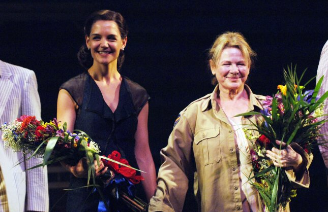 Actress Katie Holmes, wife of actor Tom Cruise, makes her New York Broadway debut in the Arthur Miller play All My Sons with co-star Dianne Wiest (R) on October 16, 2008. (UPI Photo/Ezio Petersen)