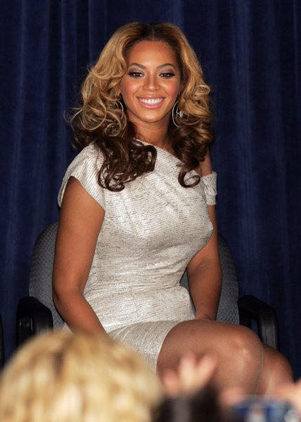 Beyonce attends press conference and ribbon cutting at the Beyonce Cosmetology Center at Phoenix House in Brooklyn, New York on March 5, 2010. UPI /Laura Cavanaugh