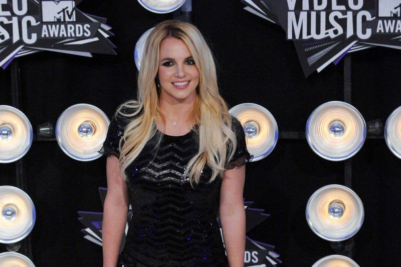 Britney Spears lip-syncing? Memo for Vegas residency leaked