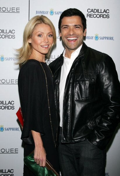 Kelly Ripa and Mark Consuelos arrive for the premiere of Cadillac Records at the AMC Loews Theater in New York on December 1, 2008. (UPI Photo/Laura Cavanaugh)
