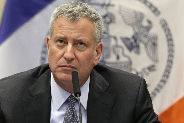 De Blasio sues major oil companies over climate change