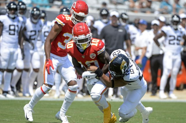 Kansas City Chiefs wide receiver Tyreek Hill (C) had two catches for 16 yards before leaving in the first quarter of a Week 1 win against the Jacksonville Jaguars Sunday in Jacksonville. Photo by Joe Marino/UPI