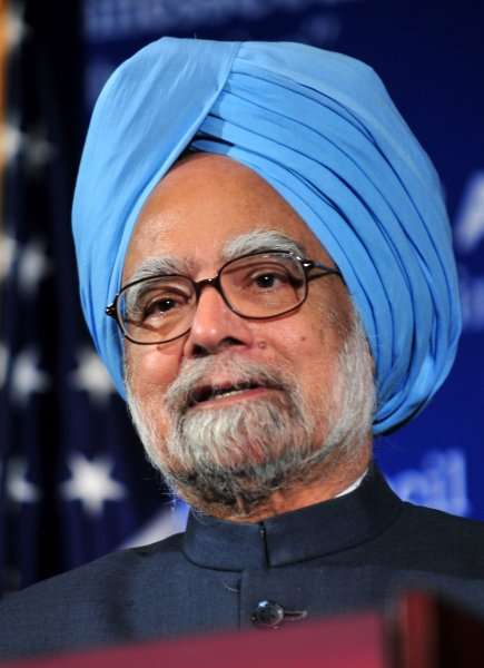 Indian Prime Minister Manmohan Singh delivers remarks during a luncheon at the U.S. Chamber of Commerce in Washington on November 23, 2009. Singh spoke on the importance of bilateral trade and investment between the U.S. and India. UPI/Kevin Dietsch