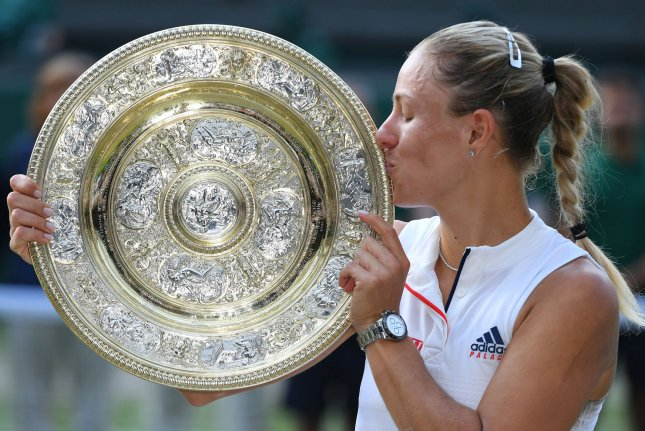 Kerber beats Serena in straight sets to wins 1st-ever Wimbledon title