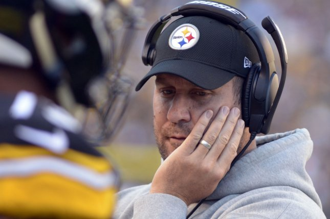 Pittsburgh Steelers quarterback Ben Roethlisberger (7) walks the sidelines during the game with New England Patriots at Heinz Field in Pittsburgh on October 23, 2016. Photo by Archie Carpenter/UPI
