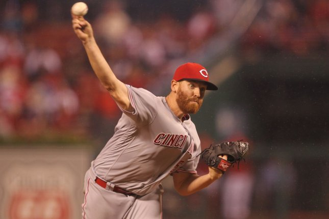 Cincinnati Reds starting pitcher Dan Straily delivers a pitch to the St. Louis Cardinals in the third inning at Busch Stadium in St. Louis on September 29, 2016. Photo by Bill Greenblatt/UPI