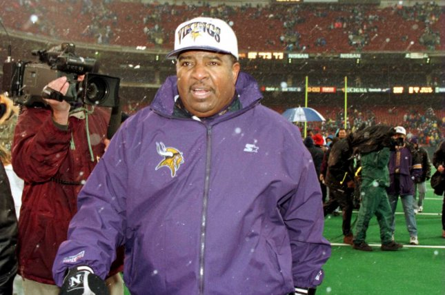 Former Minnesota Vikings head coach Dennis Green leaves the stadium after winning the AFC Wild Card game against the New York Giants on December 27, 1997 at then-Meadowlands Stadium in New York. File photo by Monika Graff/UPI