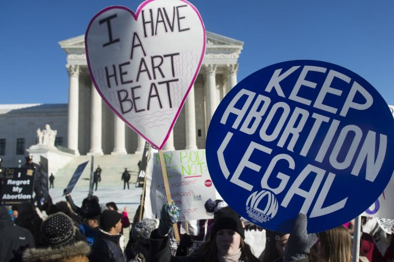 Supreme Court temporarily blocks Texas abortion law