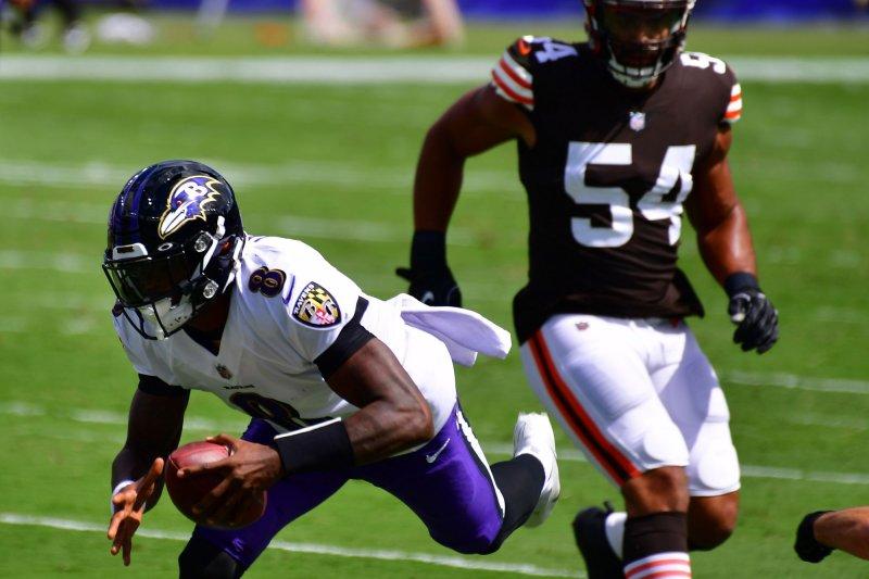 https://cdnph.upi.com/svc/sv/upi/3841600041406/2020/4/77545091936ee193e5c9336f0496e551/Lamar-Jackson-powers-Ravens-to-blowout-win-over-Browns.jpg