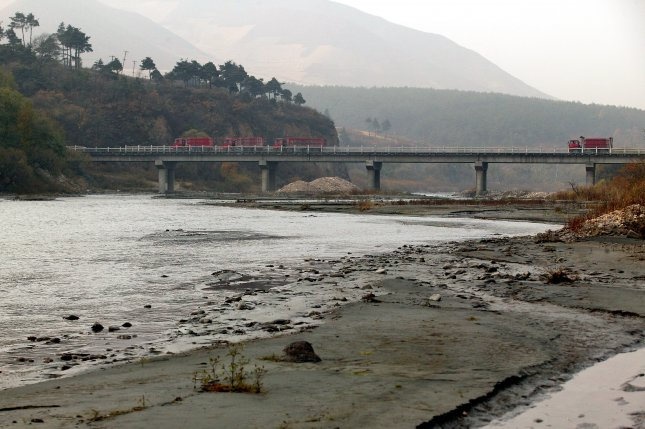 Report: China builds new detention center for North Korea