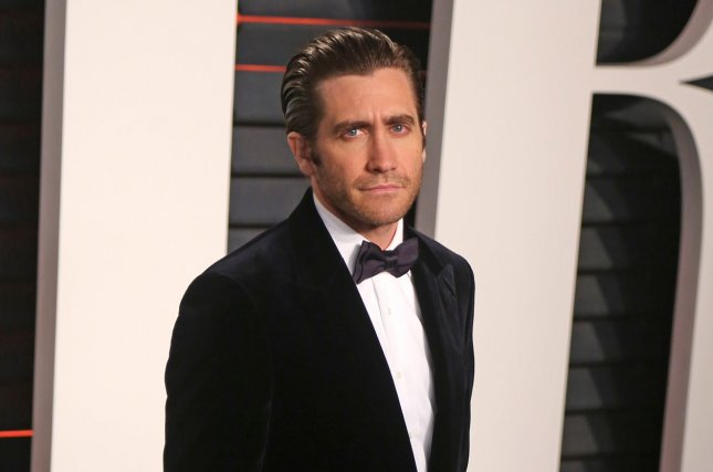 Demolition star Jake Gyllenhaal attends the 2016 Vanity Fair Oscar Party in Beverly Hills on February 28, 2016. Photo by David Silpa/UPI