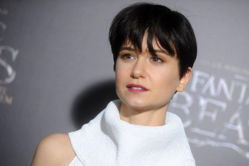 Katherine Waterston Found Alien Covenant Inspiration In Ezra