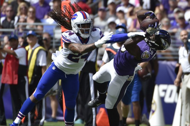 Ravens CB Young tears ACL, may be lost for season
