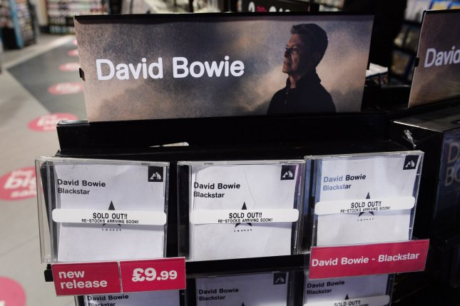 David Bowie albums dominate iTunes charts following death