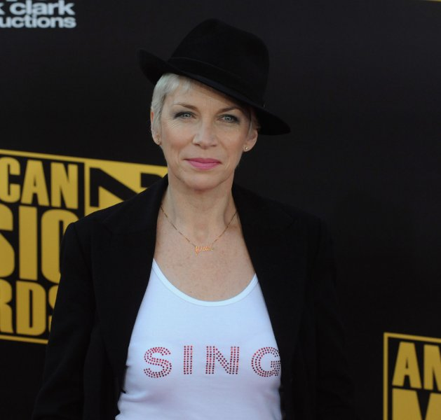 Singer Annie Lennox arrives at the 2008 American Music Awards in Los Angeles on November 23, 2008. (UPI Photo/Jim Ruymen)