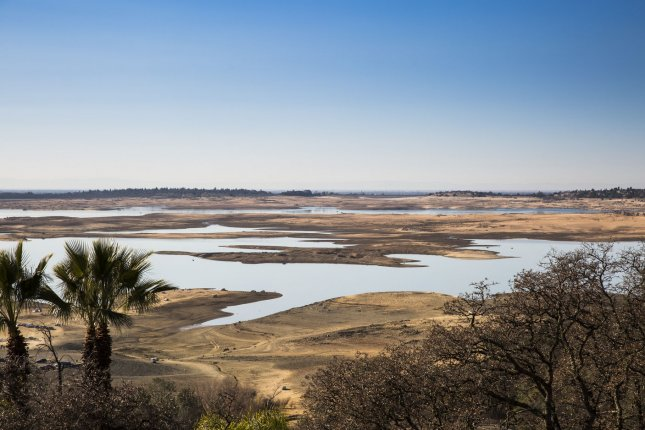 Looking down onto the North (behind) and south (Front) forks of the American River part of the Folsom Lake, which is experience historic low water levels, in Folsom, California, on January 19, 2014. California Governor Jerry Brown last Friday declared a state wide drought. UPI/Ken James
