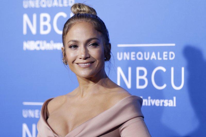 Gwen Stefani attends Jennifer Lopez's show in Las Vegas