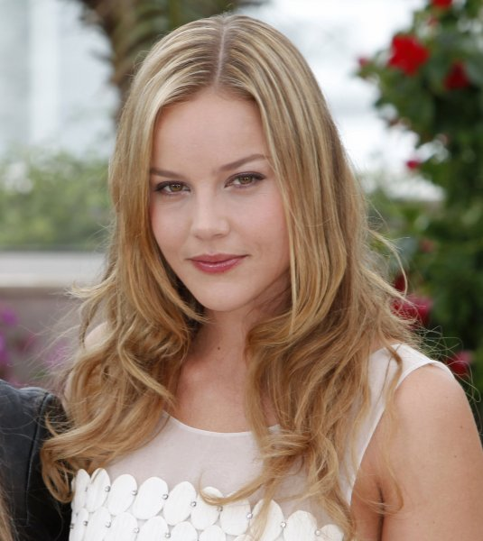 Actress Abbie Cornish arrives at a photocall for the film Bright Star at the 62nd annual Cannes Film Festival in Cannes, France on May 15, 2009. (UPI Photo/David Silpa)
