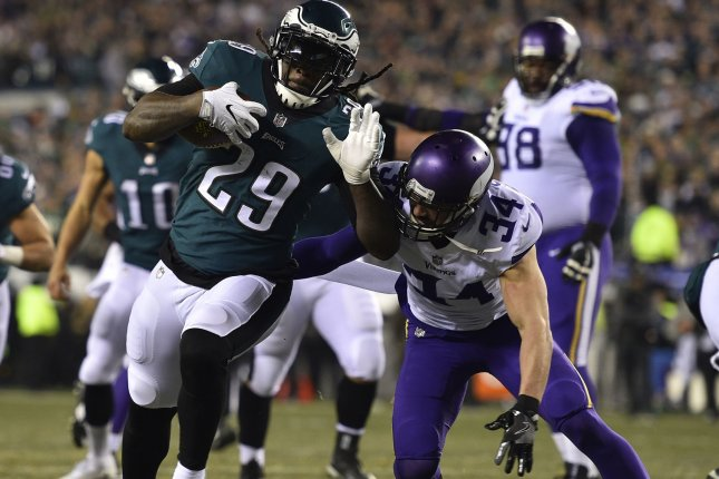 Philadelphia Eagles running back LeGarrette Blount (29) rushes for an 11-yard touchdown against the Minnesota Vikings during the second quarter of the NFC Championship game on January 21 at Lincoln Financial Field in Philadelphia, Pa. Photo by Derik Hamilton/UPI