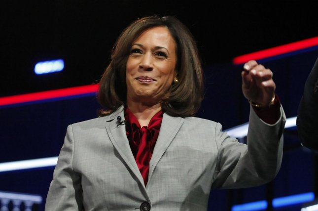 Joe Biden Chooses Sen Kamala Harris As Running Mate Upi Com