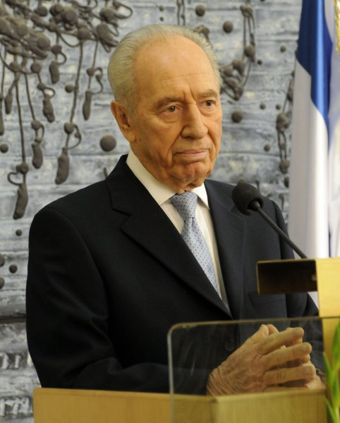 Israeli President Shimon Peres holds a press conference in honor of Israel's 60th. anniversary for the foreign press at his residence in Jerusalem, May 5, 2008. (UPI Photo/Debbie Hill)