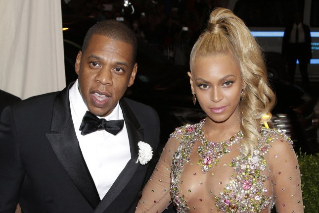 Jay Z signs 10-year deal with tour promoter Live Nation