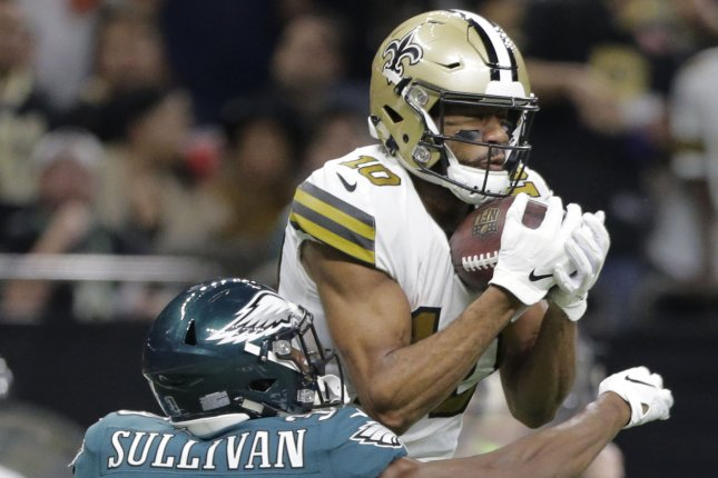 New Orleans Saints wide receiver Tre'Quan Smith (10) catches the ball in front of Philadelphia Eagles defensive back Chandon Sullivan (39) for 21 yards in the 3rd quarter on November 18 at the Mercedes-Benz Superdome in New Orleans. Photo by AJ Sisco/UPI