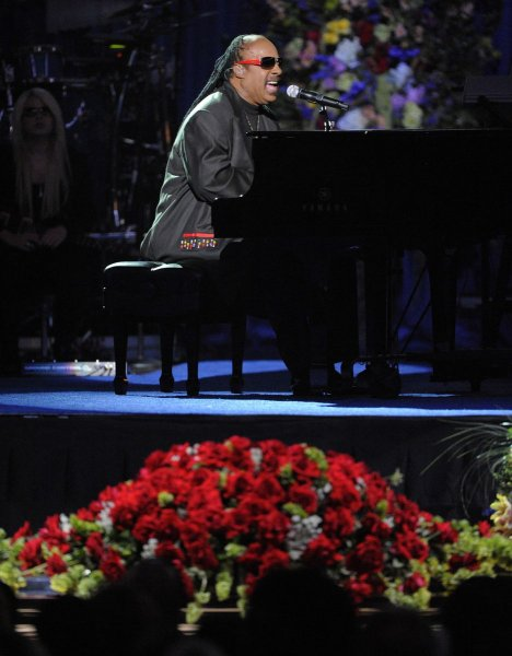 Stevie Wonder performs during the Jackson public memorial service held at Staples Center in Los Angeles on July 7, 2009. The King of Pop died in Los Angeles on June 25 at age 50. (UPI Photo Photo/Mark J. Terrill/Pool)