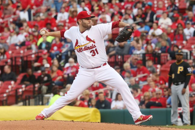 Leake, Carpenter, Adams pace Cardinals past Braves