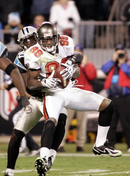 Tampa Bay Buccaneers wide receiver Antonio Bryant pulls in a pass against the Carolina Panthers at Bank of America Stadium in Charlotte, North Carolina on Monday, December 8, 2008. Carolina won 38-23. (UPI Photo/Nell Redmond)