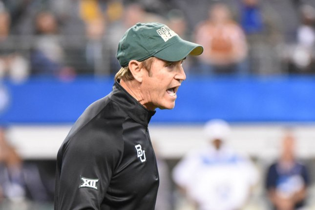 Baylor Bears head football coach Art Briles yells to his team as they face the Michaigan State Spartans in the Goodyear Cotton Bowl Classic in AT&T Stadium, Arlington, Texas on January 1, 2015. Ian Halperin/UPI