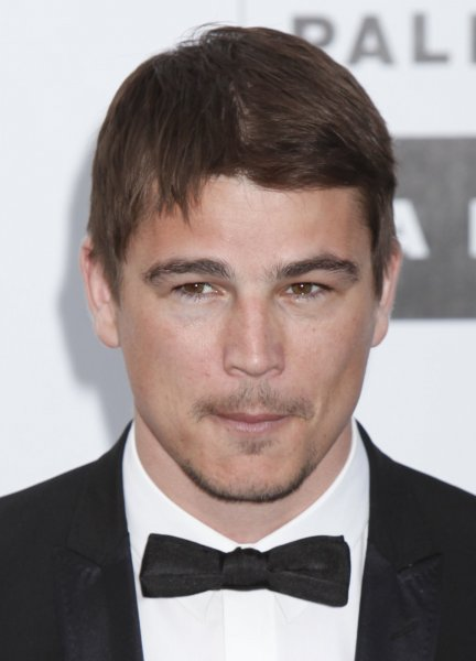 Actor Josh Hartnett arrives at the amfAR Cinema Against AIDS 2009 gala at the Hotel du Cap in Antibes, France on May 21, 2009. The event, held each year during the Annual Cannes Film Festival, raises funds for AIDS research. (UPI Photo/David Silpa)