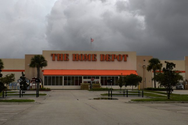 Home Depot Joins Lowe S And Sherwin Williams In Phasing Out Paint Stripping Products That Contain Toxic Chemicals File Photo By Joe Marino Upi License