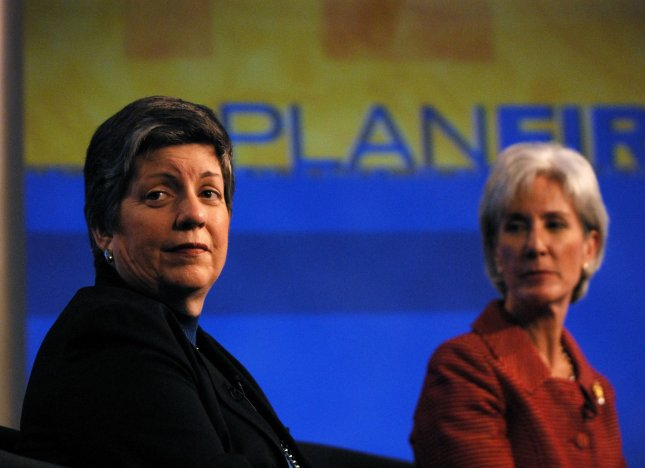 Homeland Security Secretary Janet Napolitano (L) and Health and Human Services (HHS) Secretary Kathleen Sebelius answer questions from the public via a webcast on the H1N1 flu, also know as the Swine Flu, at HHS headquarters in Washington on April 30, 2009. (UPI Photo/Alexis C. Glenn)