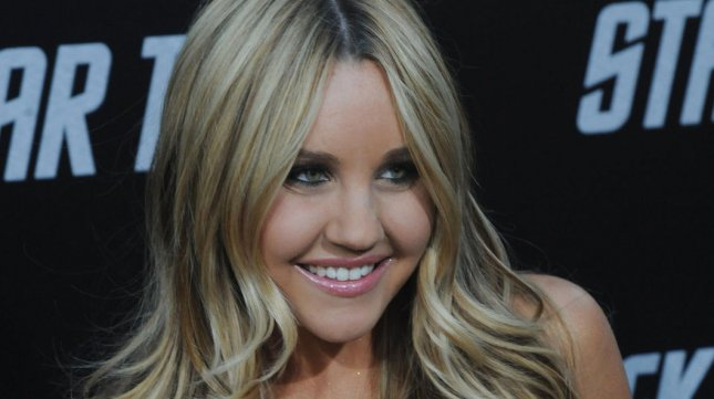 Amanda Bynes attends the premiere of the sci-fi adventure motion picture