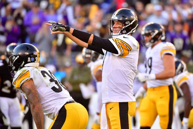 Pittsburgh Steelers quarterback Ben Roethlisberger (7) calls out a play against the Baltimore Ravens in the fourth quarter on Sunday at M&T Bank Stadium in Baltimore, Maryland. Photo by Kevin Dietsch/UPI