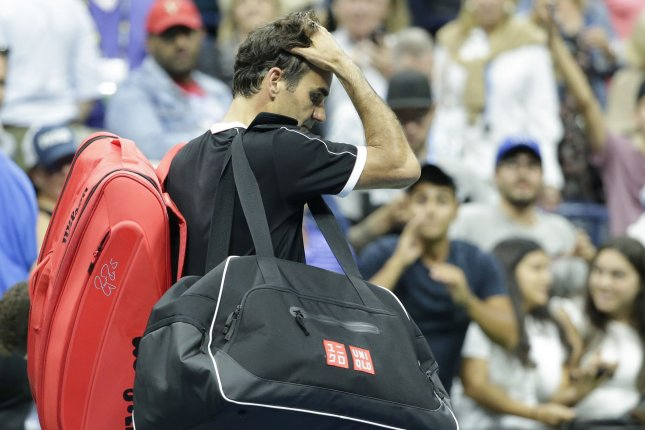 Roger Federer upset by Grigor Dimitrov in U.S. Open quarterfinals