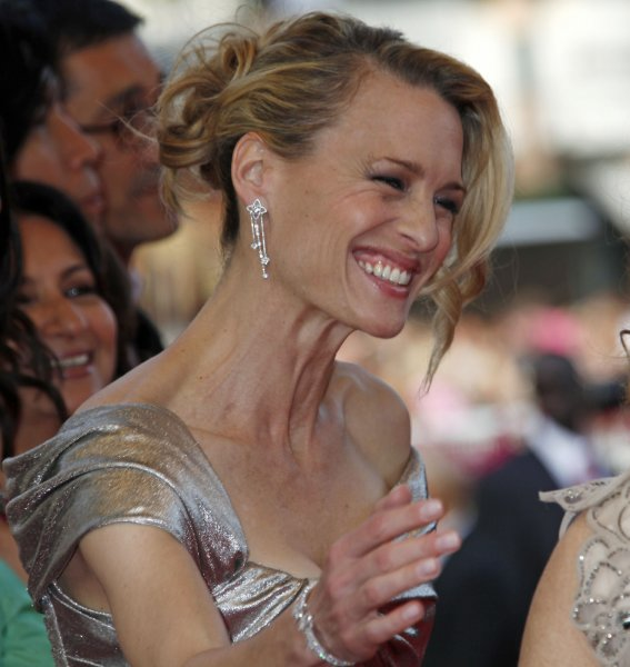 Actress and jury member Robin Wright Penn arrives on the red carpet before a screening of the film Up at the opening of the 62nd annual Cannes Film Festival in Cannes, France on May 13, 2009. (UPI Photo/David Silpa)