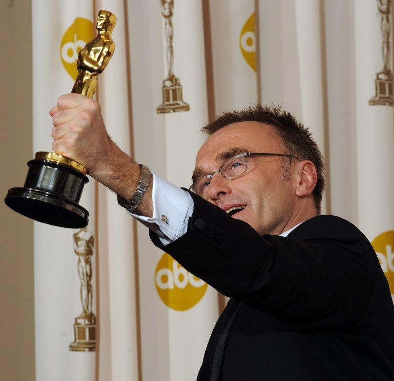 Oscars ratings improve
